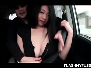 Japanese enchanter fulgid say no to hot boobies fro taxi-cub