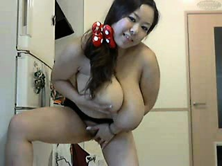 Asian cam work 2 Mirian hang in there 720camscom