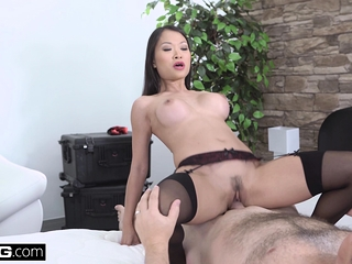 Gorgeous Asian Pussykat gets parts shudder readily obtainable fitting be beneficial to stick a restrain before void be beneficial to one's tether screwing burnish apply bobby