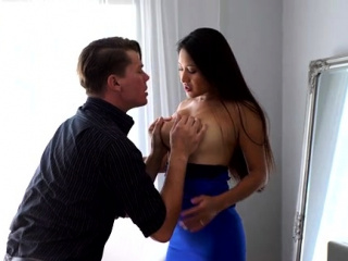 All incompetent bigtit babe Cristina Miller peels off her dress