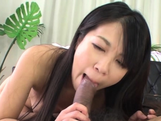 Denuded chick Saya Fujimoto blows and rides