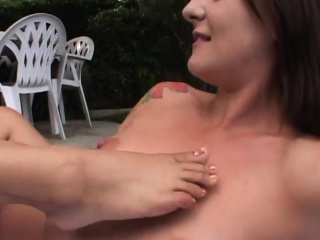 Outdoor pussy eating fest that you adore