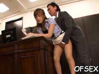 Curvaceous cougar Kokone Mizutani exposes gash for fuck
