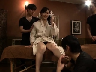 Sexy erotic massage down asian milf fingered by Anita